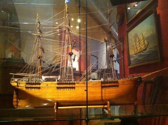 Sjofartsmuseet Akvariet: une des belles maquettes de bateaux