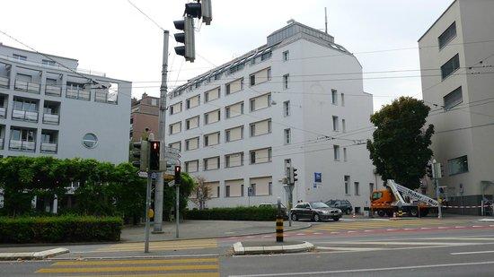 ibis budget Luzern City: Hotel front view