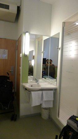 ibis budget Luzern City: Room