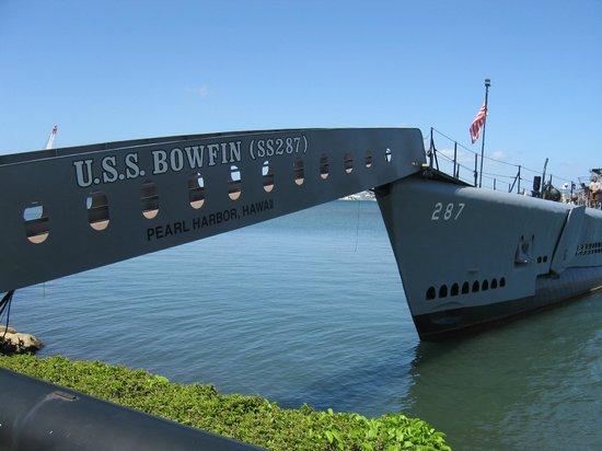 USS Bowfin Submarine Museum & Park : c