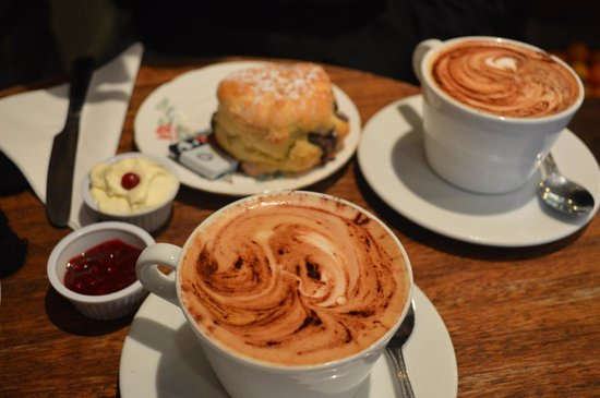 Queen of Tarts: Scones And Large Cappuccino