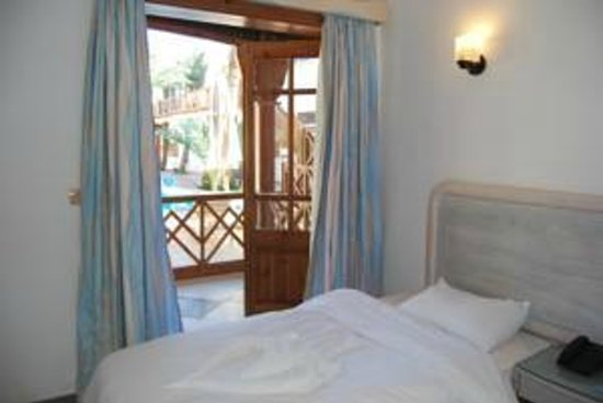 Acacia Dahab Hotel: Deluxe room with view