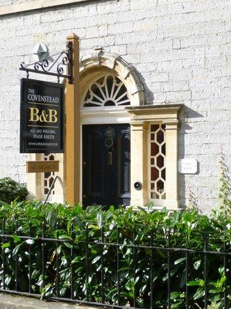The Covenstead Glastonbury: Covenstead B&B in Glastonbury front door