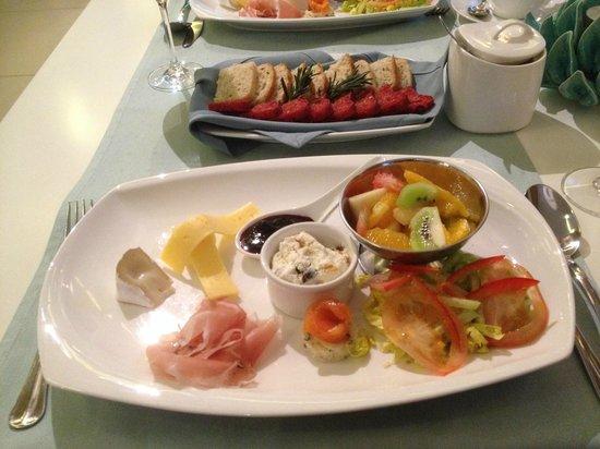 Moon Garden Art Hotel: Frühstück