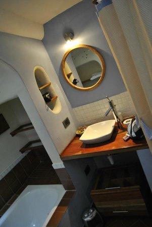 Quinua Villa Boutique: Banheiro