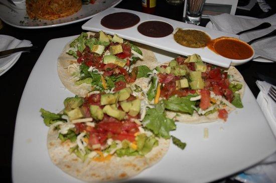Zi Lounge Restaurant : Veggie tacos