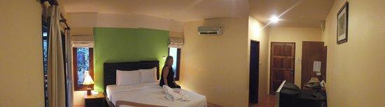 Sunda Resort: Our Room