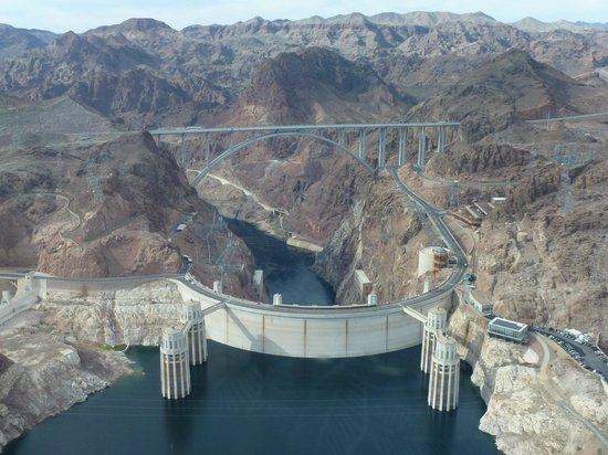 Dam Helicopter Company: Another great view of the dam & bridge