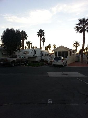 Indian Wells RV Park: sunrise!