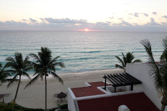 GR Caribe by Solaris : Surise over the Caribbean