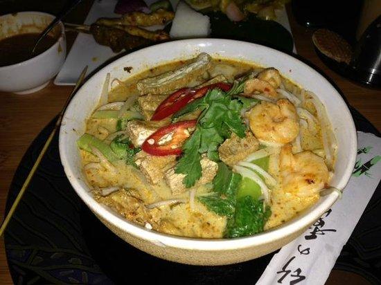 yummy curry laksa