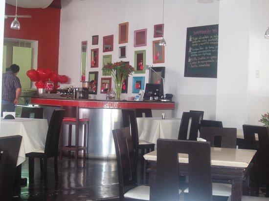 Bottega Capuccino: Dining Room