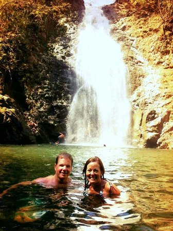 Montezuma Falls: Cooling off