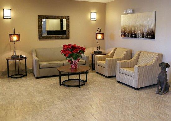 Emporia Holiday Inn Express Hotel & Suites Emporia Northwest: Lobby