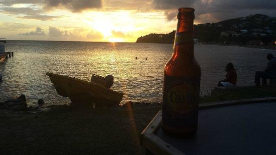 Timothy Beach Resort: Sunset view from the beach bar