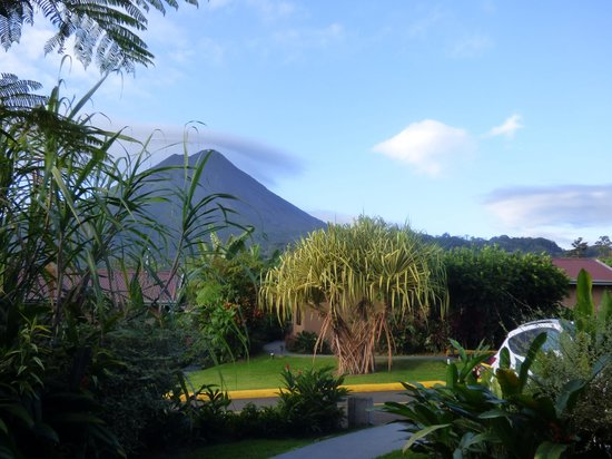 Arenal Springs Resort and Spa: vue de la chambre