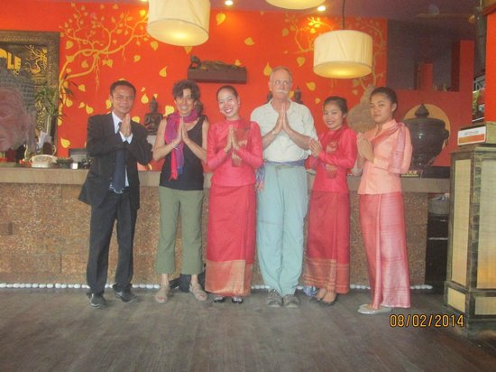 Golden Temple Hotel : Hotel staff