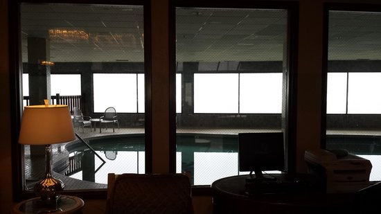 Shilo Inn Suites Hotel - Seaside Oceanfront: shilo pool