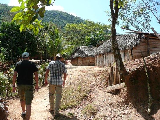 Finca Buena Vista: Ausflug in ein Indiodorf