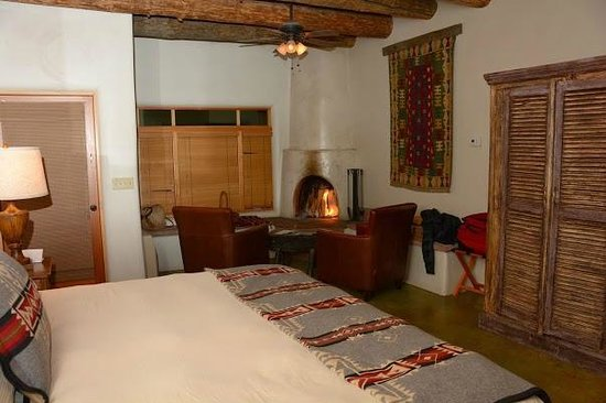 Ojo Caliente Mineral Springs Resort and Spa: A flattering phot of the suite