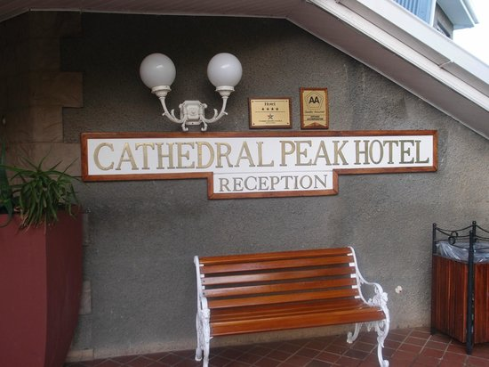 Cathedral Peak Hotel: Reception