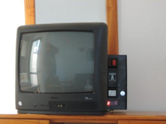Capri Bungalows: Television de Pago