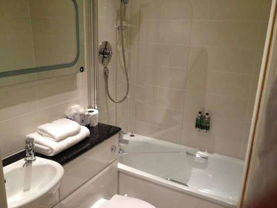 Skene House Holburn: ванная
