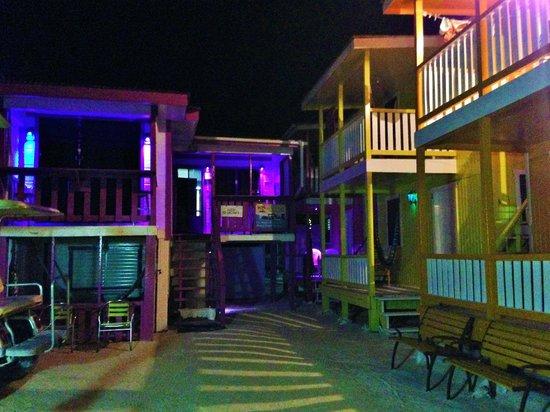 Mara's Place: Hotel de nuit