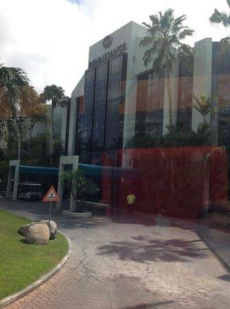 Renaissance Aruba Resort & Casino: front of the ocean suites