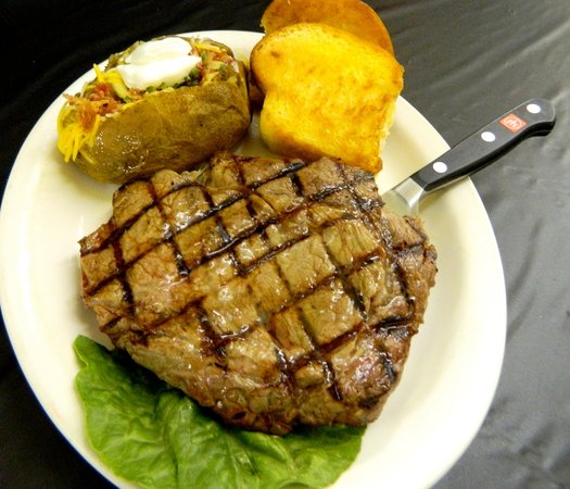 Hastings Keno Sports Bar and Grill : Awesome Steaks