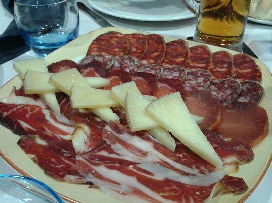 Restaurante Isidro: Ración de ibéricos de calidad