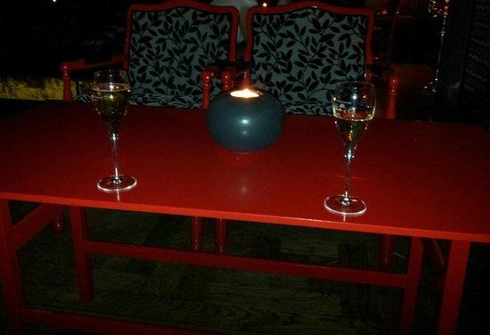 Hogberga Gard Hotel: Champagne