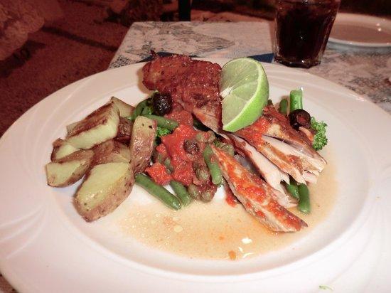 La Barca: verse vangst. Tonijn bereid zoals je dat zelf wilt. doorbakken, medium of rauw