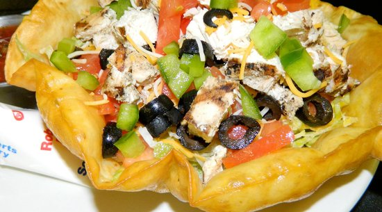 Taco Salads Your Way - Foto di Hastings Keno Sports Bar and Grill ...