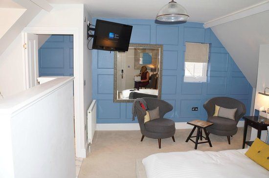 Number Four Boutique Hotel: Room 9