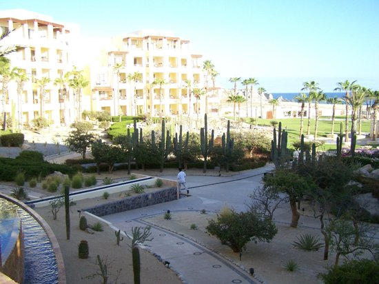 Pueblo Bonito Pacifica Golf & Spa Resort : View of the resort from our balcony off room 1246