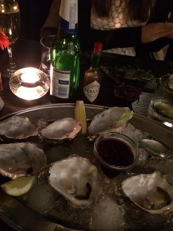 The Moon and Sixpence: Finished oysters