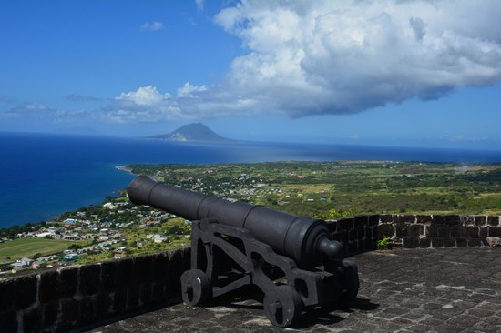 Island Paradise Tours : Great views from the fort