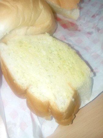 Shakey's: unheated garlic bread