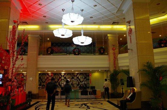 Promenade Hotel: The Lobby Front Desk