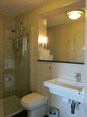 Haymarket Hotel: ванная
