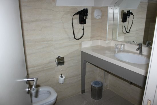 Hotel Residence Foch: Bathroom (room #71)