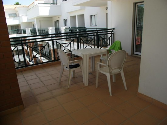 Stella Maris Hotel Apartments: Another view of balcony/terrace