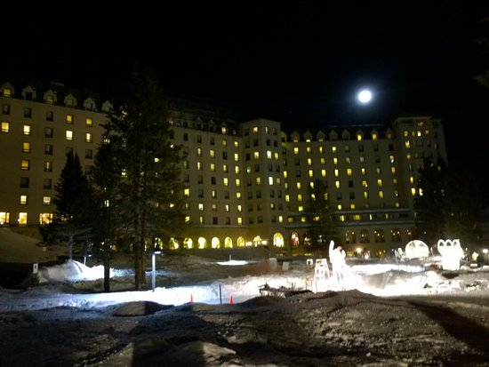 Fairmont Chateau Lake Louise : A night very of the south side