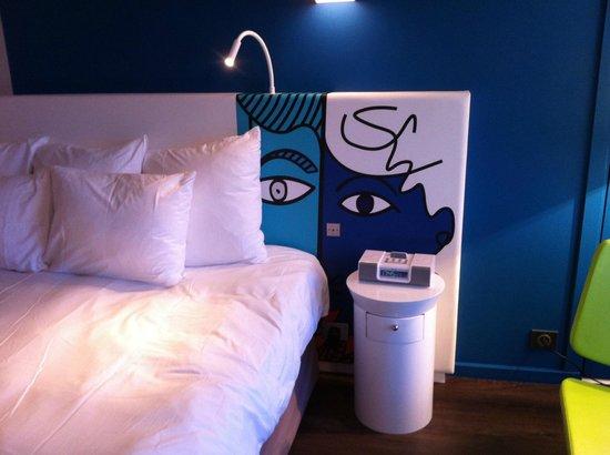 Hotel Napoleon: Tête de lit