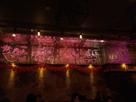 Los Pilones: Decoration