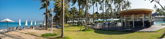 Outrigger Laguna Phuket Beach Resort: The grounds