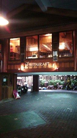 True Siam Phayathai Hotel : Breakfast Restaurant