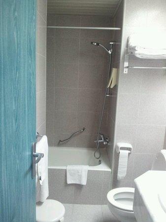 Sol Pelícanos Ocas: Bathroom of room 517