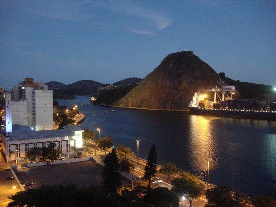 Alice Vitoria Hotel : Vista Baia de Vitória e porto